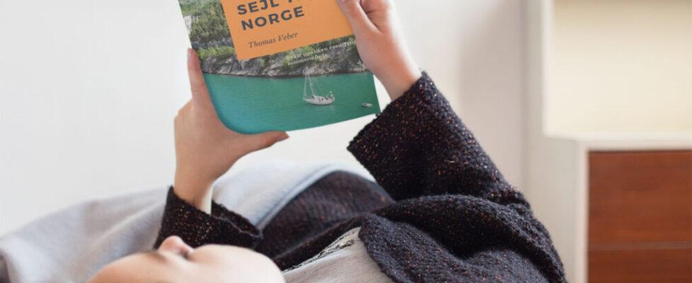 Pige-med-Sejl-til-Norge-hires